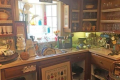 white_rabbit_thrift_interior_kitchen-1-e1499272787402